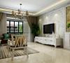 """客厅的整体色调以白色为主,家具以及装饰陈设与整体""""简约""""风格较为协调、统一。"""