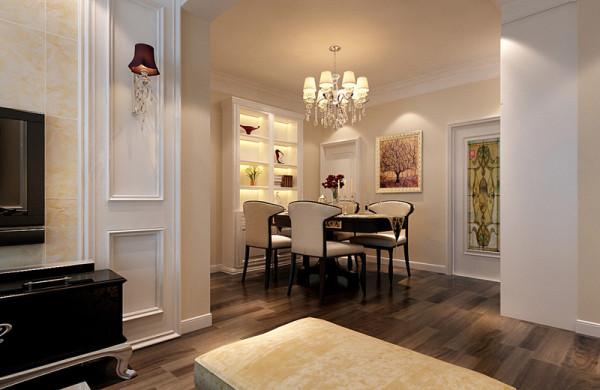 亮点:淡雅的色彩、柔和的光线、洁白的桌布、华贵的线脚、精致的餐具加上安宁的氛围都突显欧式的特点。家具布置与空间密切配合 主张废弃多余的、繁琐的附加装饰, 在色彩上和造型上追随流行时尚,简单而不简约。