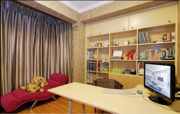 现代感十足的书房设计充分满足了家居的实用要求。