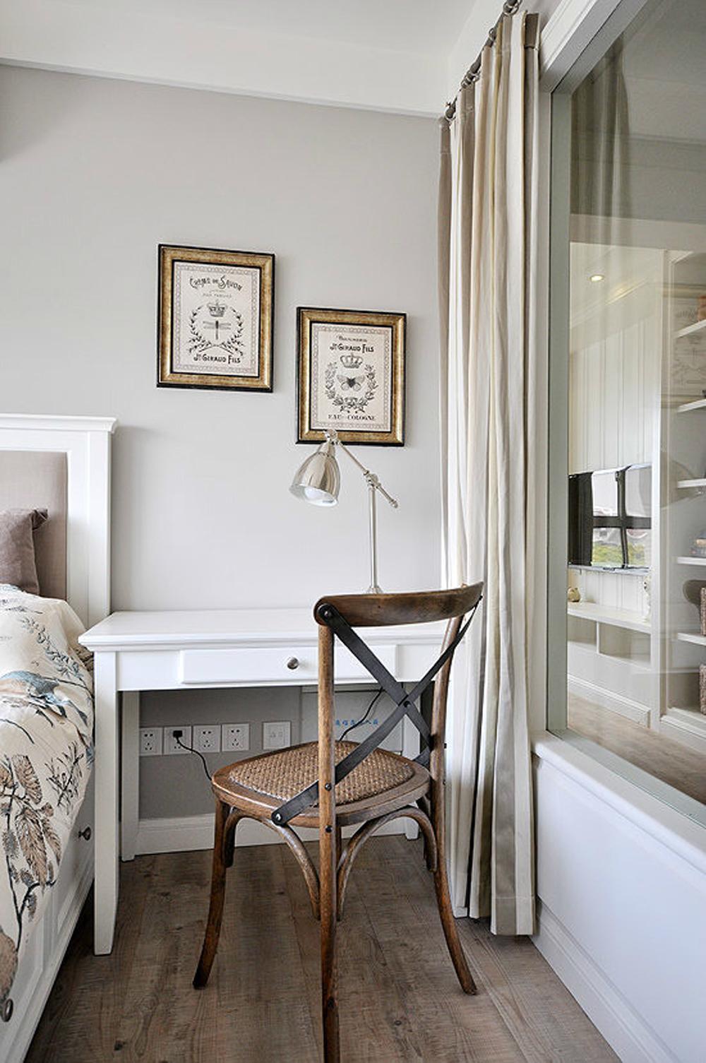 现代 简约 温馨 舒适 浅色调 小资 80后 卧室图片来自成都生活家装饰在82平现代简约舒适家的分享