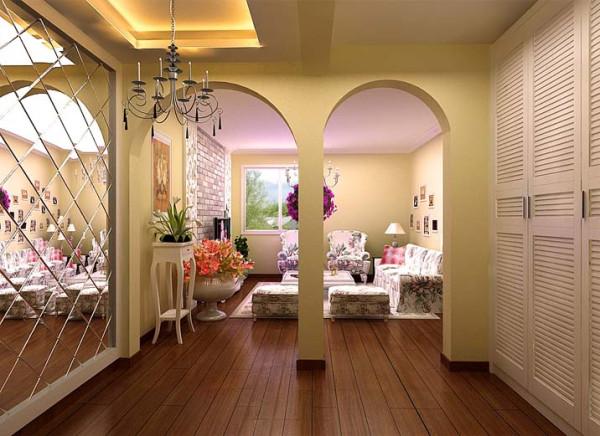 过道作为衣帽间,百叶门,斜拼镜面,从入口就彰显业主的浪漫情怀,还使空间显得开阔。