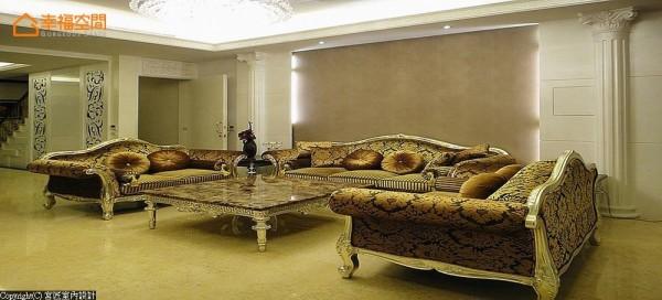 精心配搭的风格家具,循序打造浓而不腻的古典奢华语汇。