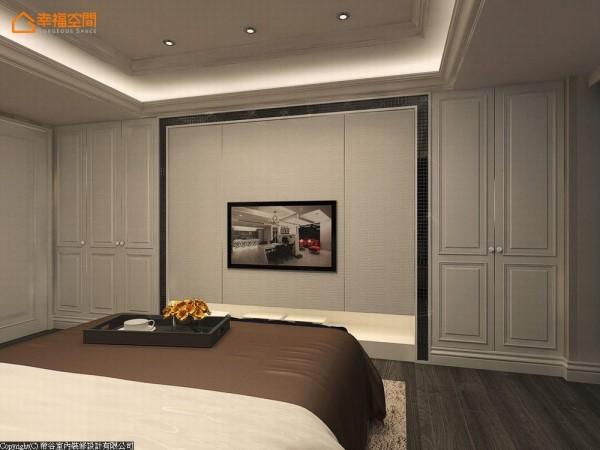 口字框的衣柜间,时尚的黑色马赛克砖框进皮革绷板门扇,收纳生活杂物亦作为电视主墙。 (此为3D合成示意图)