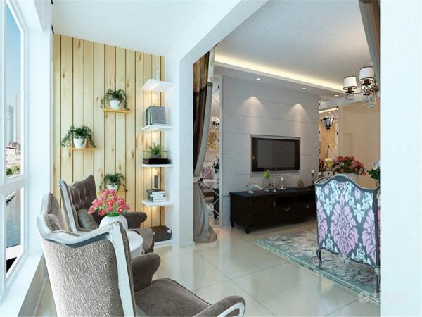 在选材方面,除了欧式惯用的白色家具、石膏线、大的团花壁纸等,但在整体效果上,摒弃了繁琐的欧式柱式与雕花,大大提升了原质感的对比效果,在表现尊贵的同时还增添了几分现代感