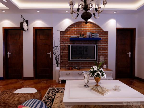 客厅吊顶为单面直线发光灯池吊顶,地面铺600*600仿古地砖,电视背景墙以简单的石膏板与文化石结合的造型为主,搭配标志性的地中海装饰品,简单的诠释了地中海风格的特点