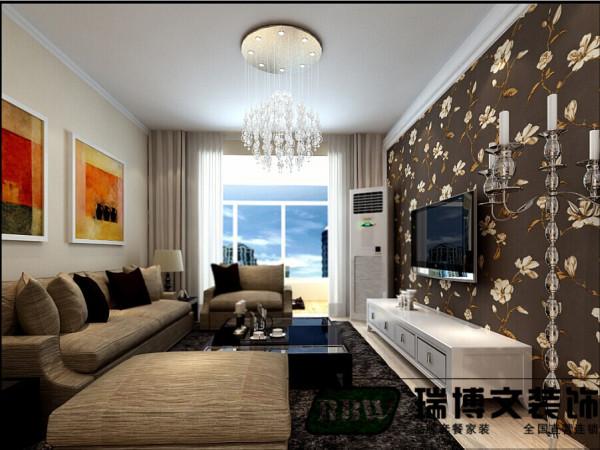 简单是业主的要求,但是要有不一样的新意,沙发墙跟大多数家庭一样用了装饰画的方式进行了配饰。但是区别的是用的是映像派的画作。