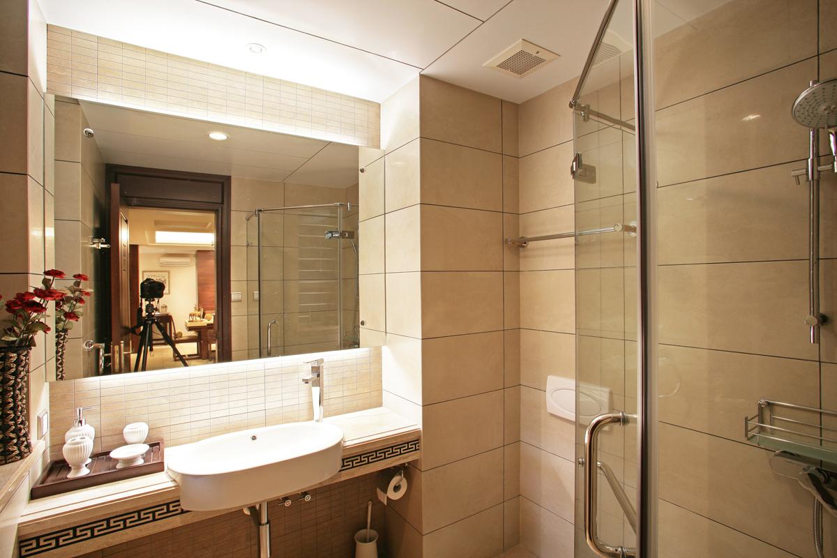 经典中式 三居 时尚 温馨 舒适 卫生间图片来自成都生活家装饰在经典中式体现时尚元素的分享