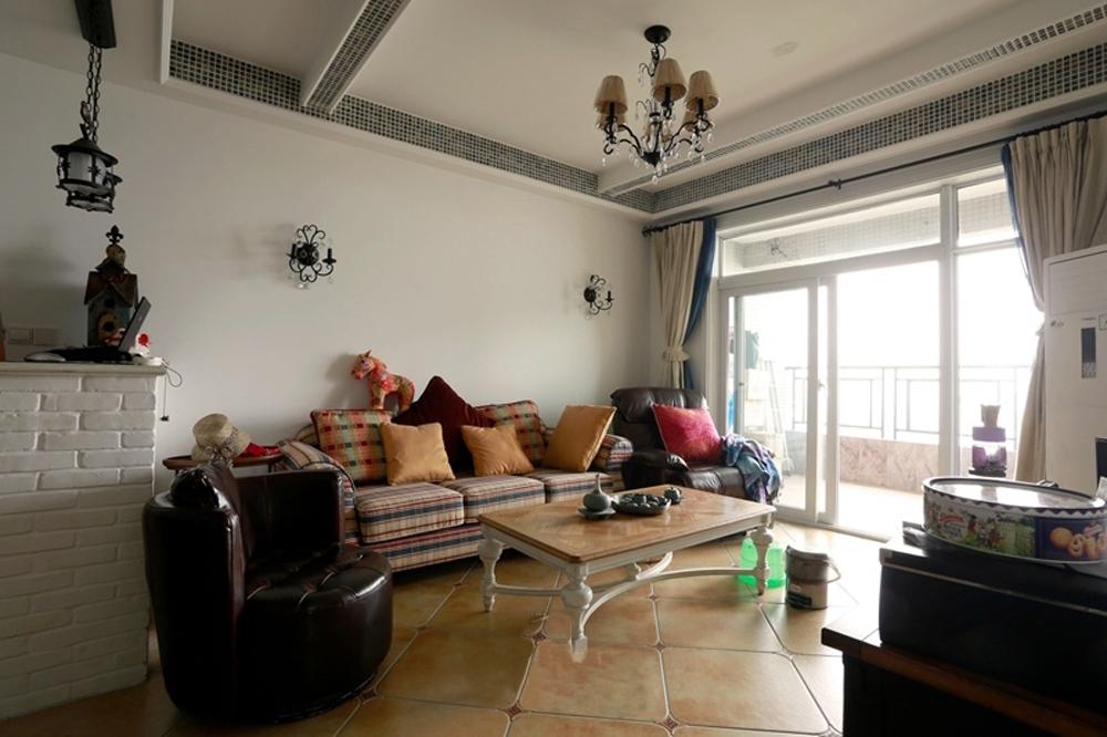 简约 美式乡村 舒适 温馨 时尚 大气 客厅图片来自成都生活家装饰在87平简约时尚2居室美式风格的分享
