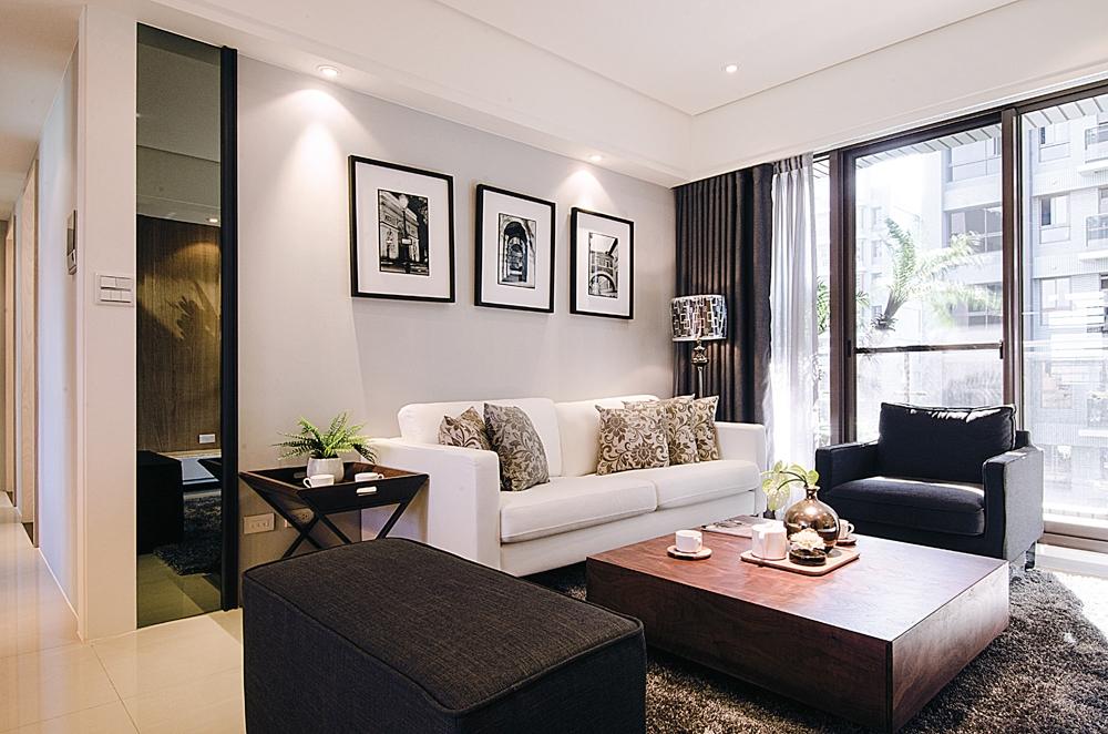 客厅图片来自武汉顶创装饰有限公司在金地雄楚一号的分享