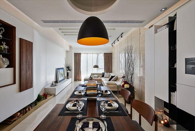 餐厅图片来自家装大管家在流线造型 141平现代素雅3居的分享