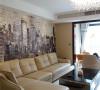 客厅乳白色的沙发,简约而时尚