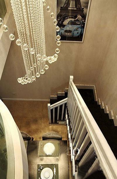 楼梯图片来自刘建勋在现代简约风格两室两厅的分享