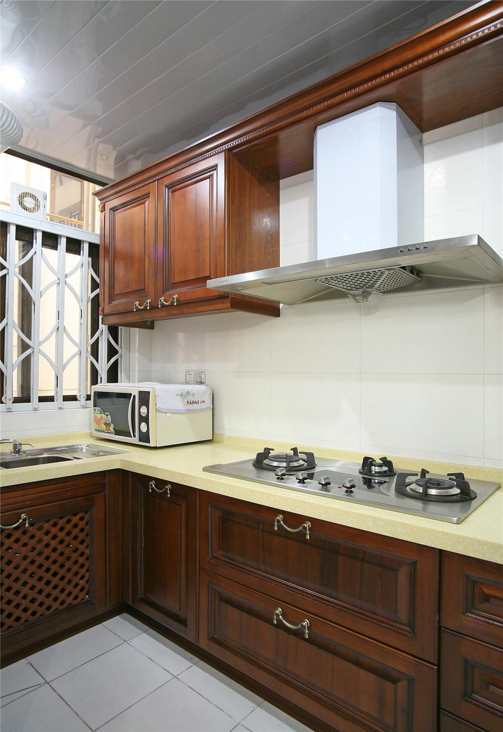 旧房改造 中式风格 四居 小资 厨房图片来自装饰装修-18818806853在珠江新城中海花地-中式风格的分享