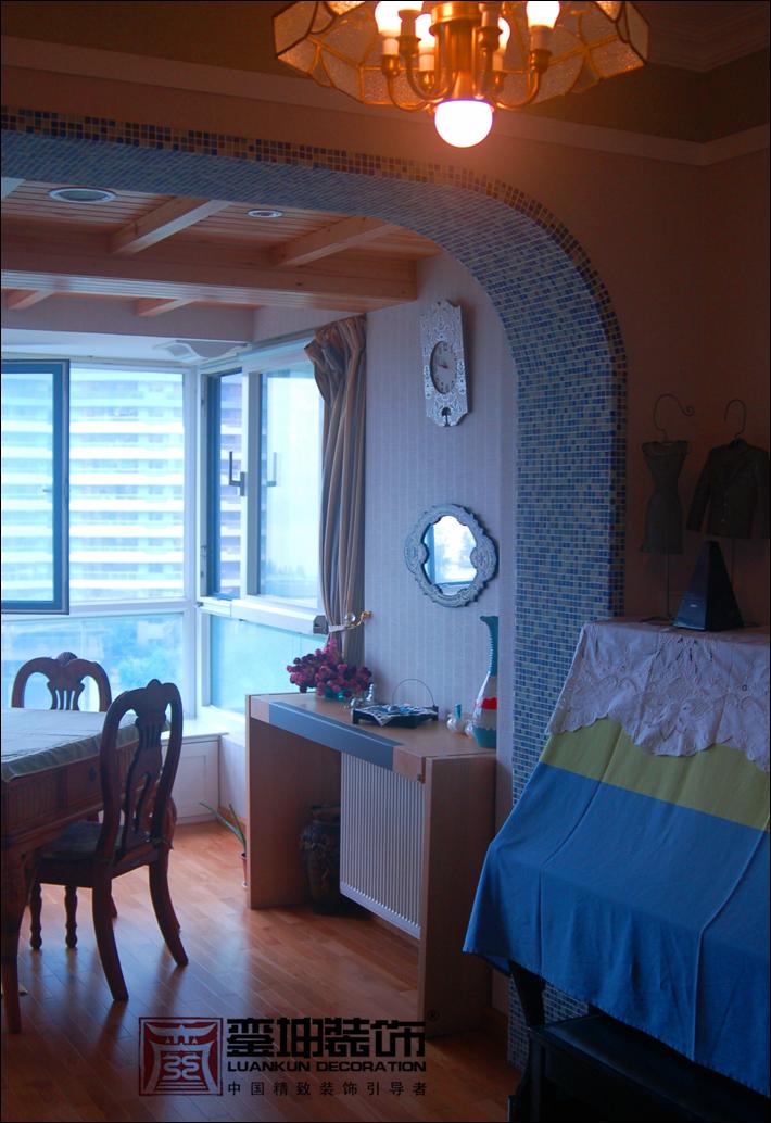 三居 收纳 小资 地中海 阳台图片来自銮坤装饰设计在金都汉宫---地中海风的分享