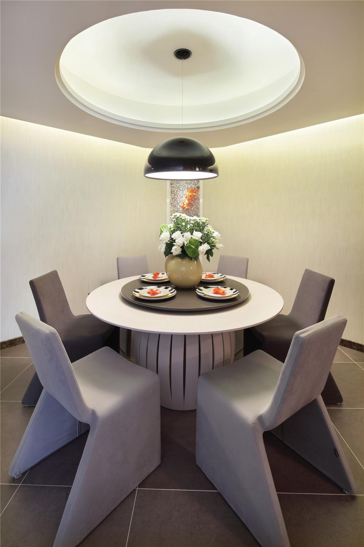 简约 三居 时尚 餐厅图片来自成都业之峰装饰公司在现代简约——桐梓林欧城实景的分享