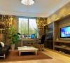 书房:简约的家具风格配合柔美的窗帘及壁纸体现了现代与华丽的完美统一