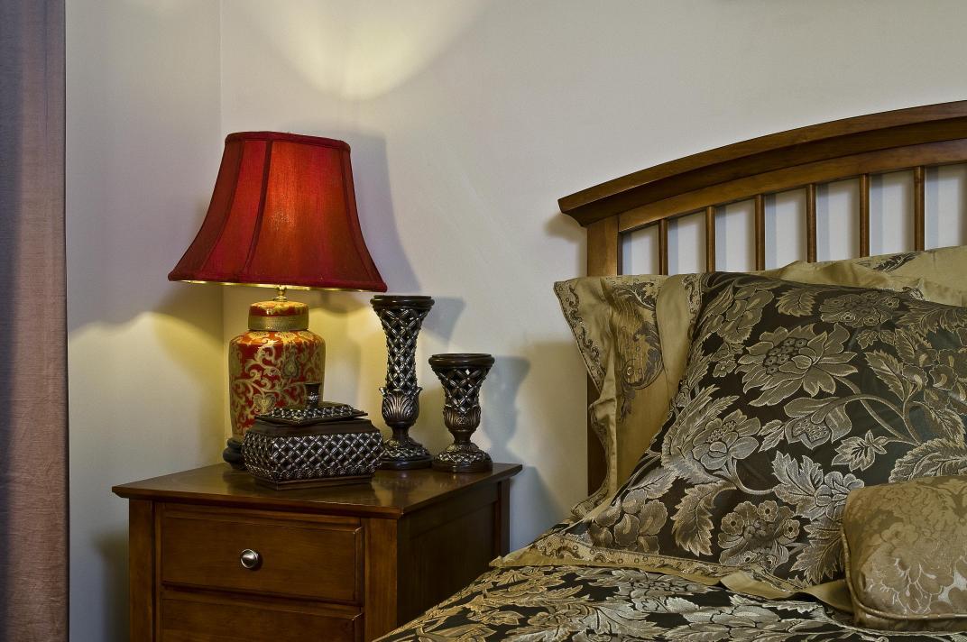 别墅 卧室图片来自博览天下在龙湖滟澜山-320平米新古典风格的分享