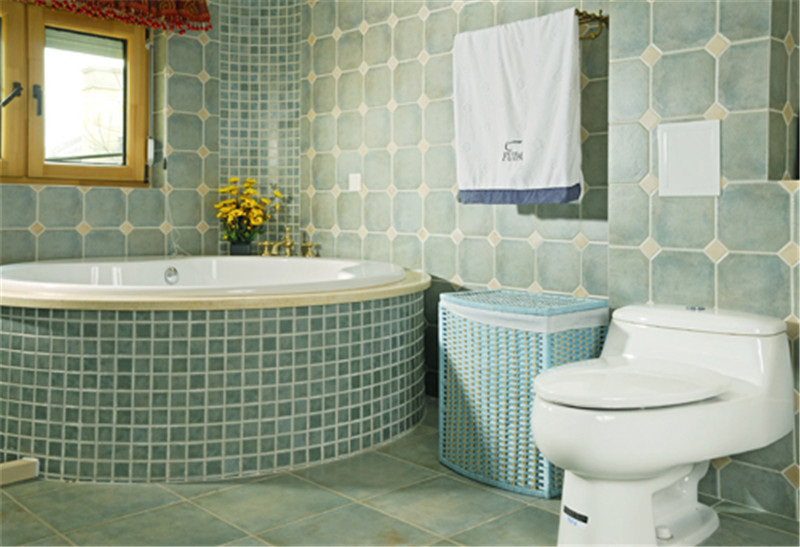 别墅 意式乡村风 托斯卡纳 卫生间图片来自尚层装饰张迪在西山林语意式乡村托斯卡纳风格的分享
