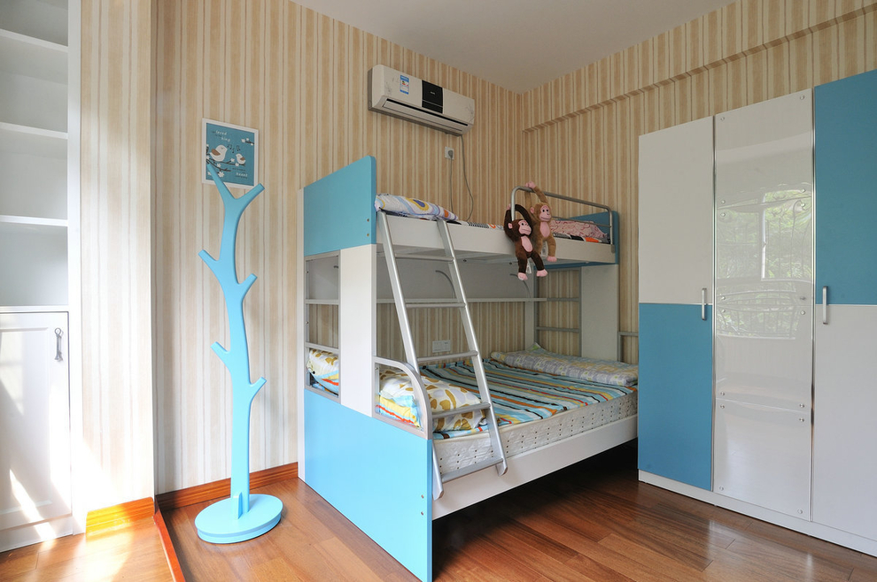 田园 乡村 loft 三居 80后 小资 儿童房图片来自沪上名家装饰在法式优雅乡村--伍号院的分享