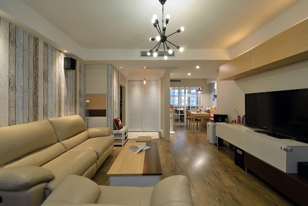 客厅图片来自刘成成在混搭三居 • 裸色小清新的分享