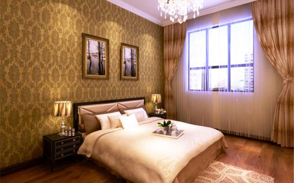 时尚的木地板,舒适的大床,配上颜色稳重的壁纸,整个空间会给人一种温馨沉稳的睡眠空间。