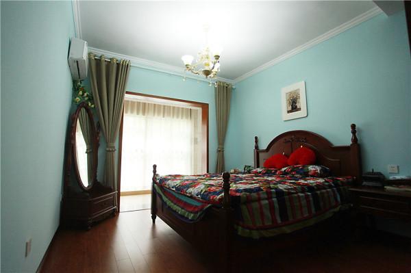 简单的卧室,温馨而舒适