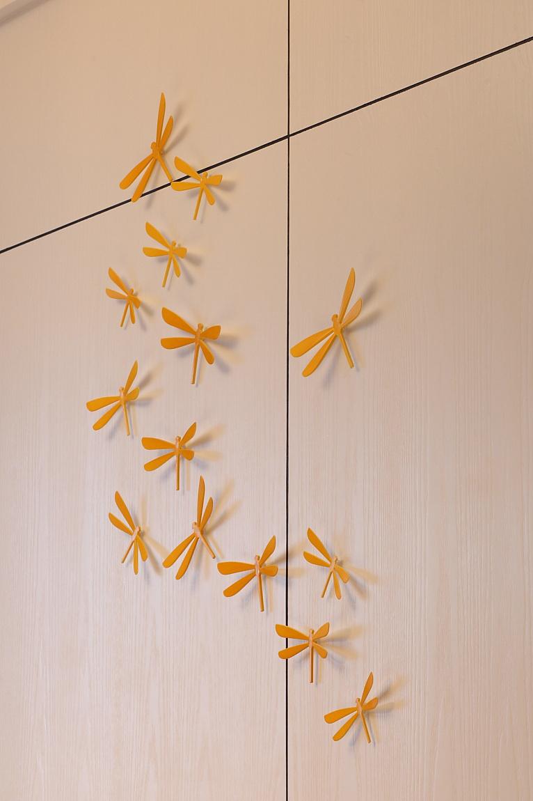 简约 别墅 小资 田园 衣帽间图片来自苹果装饰公司在大气四居室现代简约装修实例的分享
