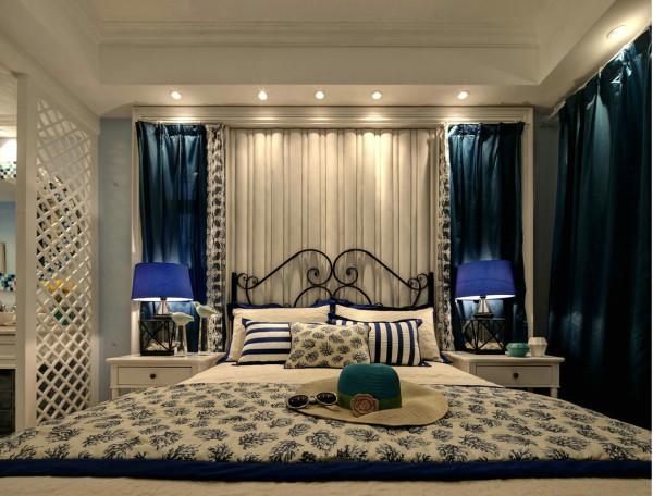 卧室装修,蓝白搭配可以说是地中海的经典色彩搭配了