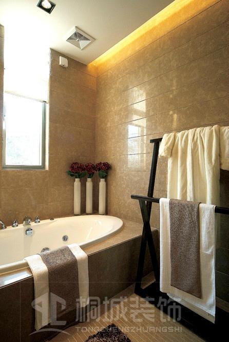 简约 现代 奢华 卫生间图片来自小兵无敌在金地荔湖城B型别墅现代奢华风格的分享
