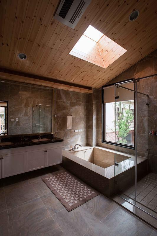 卫生间图片来自家装大管家在297平童话世界般乡村田园别墅的分享