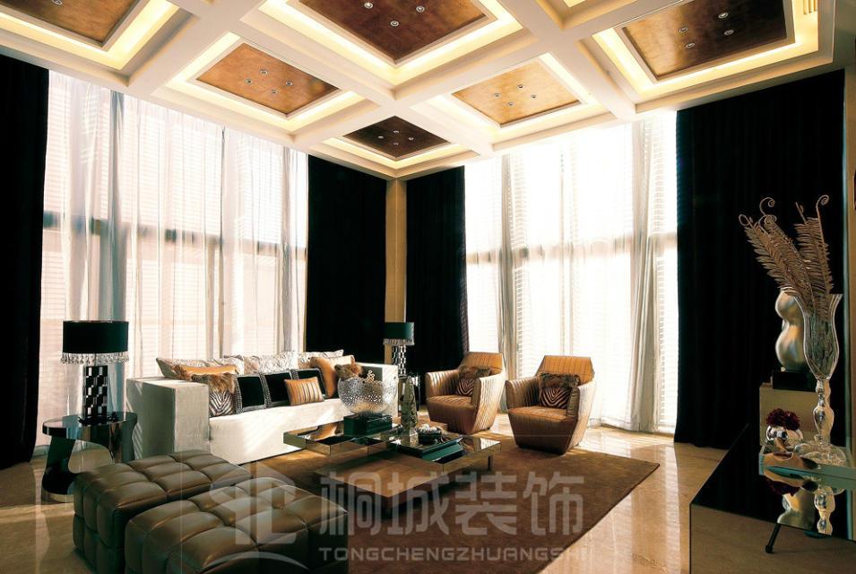 简约 现代 奢华 客厅图片来自小兵无敌在金地荔湖城B型别墅现代奢华风格的分享