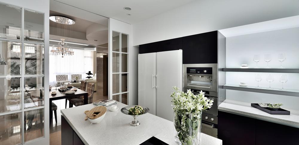 现代简约 温馨 舒适 简洁大气 文艺气质 厨房图片来自成都生活家装饰在136㎡文艺气质现代风格3居室的分享