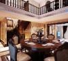 客厅、餐厅作为居家生活中重要的公共活动与会客空间,整体上保持简洁、明快、大方、宽敞的特点。