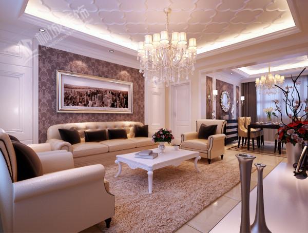 室内多采用带有图案的壁纸、地毯、窗帘、床罩、帐幔及古典装饰画,体现华丽的风格。家具门窗多漆为白色,画框的线条部位装饰为线条或金边,在造型设计上既要突出凹凸感,又要有优美的弧线。