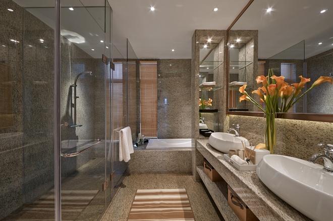 卫生间图片来自家装大管家在温暖自在空间 346平现代简约别墅的分享