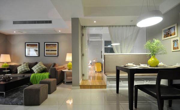 用客户喜欢的绿色搭配简约的装饰空间,给人以一种充满活力,生机盎然的感觉