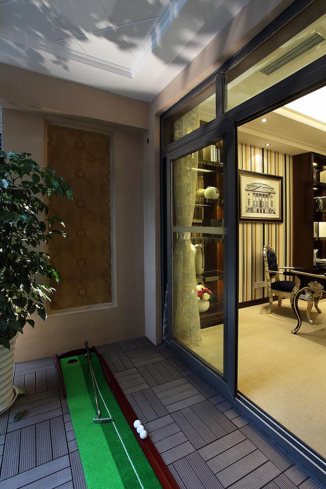 三居 古典 家庭装修 阿拉奇设计 阳台图片来自阿拉奇设计在新古典家庭装修的分享