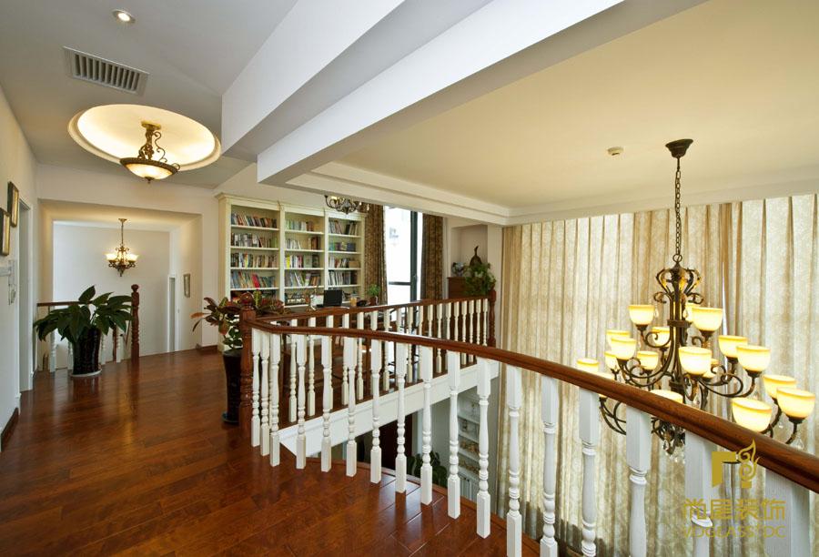 欧式 别墅 简约 书房图片来自博览天下在湾流汇-396平米简欧风格的分享