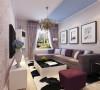 在电视墙部分我们选用了紫色暗纹印花壁纸满贴,以石膏圈线收边,在家具的选用上也以紫色为主色调,搭配了一些相近色系比如蓝色等,整个空间简约大器,很有韵味,整个空间都很表现居住者的生活品质