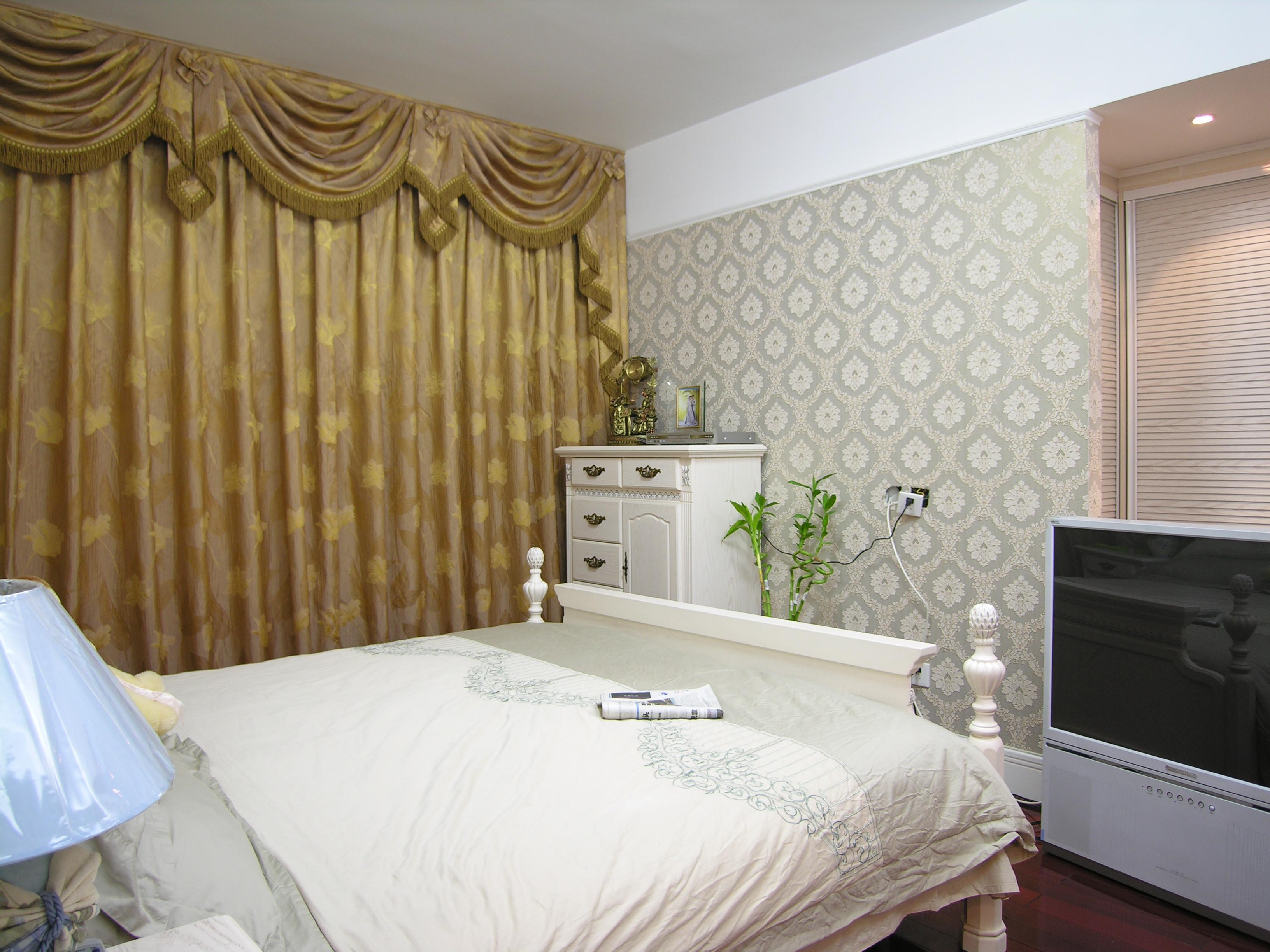 欧式 别墅 卧室图片来自小若爱雨在金色家园(二)的分享