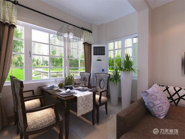 这次风格的设计整体色调较为清新。以亮白色家具和暗色搭配为主,搭配少量五颜六色的家具,给人大气,眼前一亮又不失温暖舒适的感觉,特别彰显业主品味。