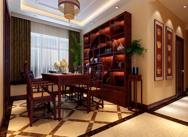 餐厅的设计,利用经典浓重的色彩、装饰品、传统元素的点缀,来体现古典素雅的中式风格。 亮点:运用中国传统元素及装饰品来体现整个空间沉稳、朴素。