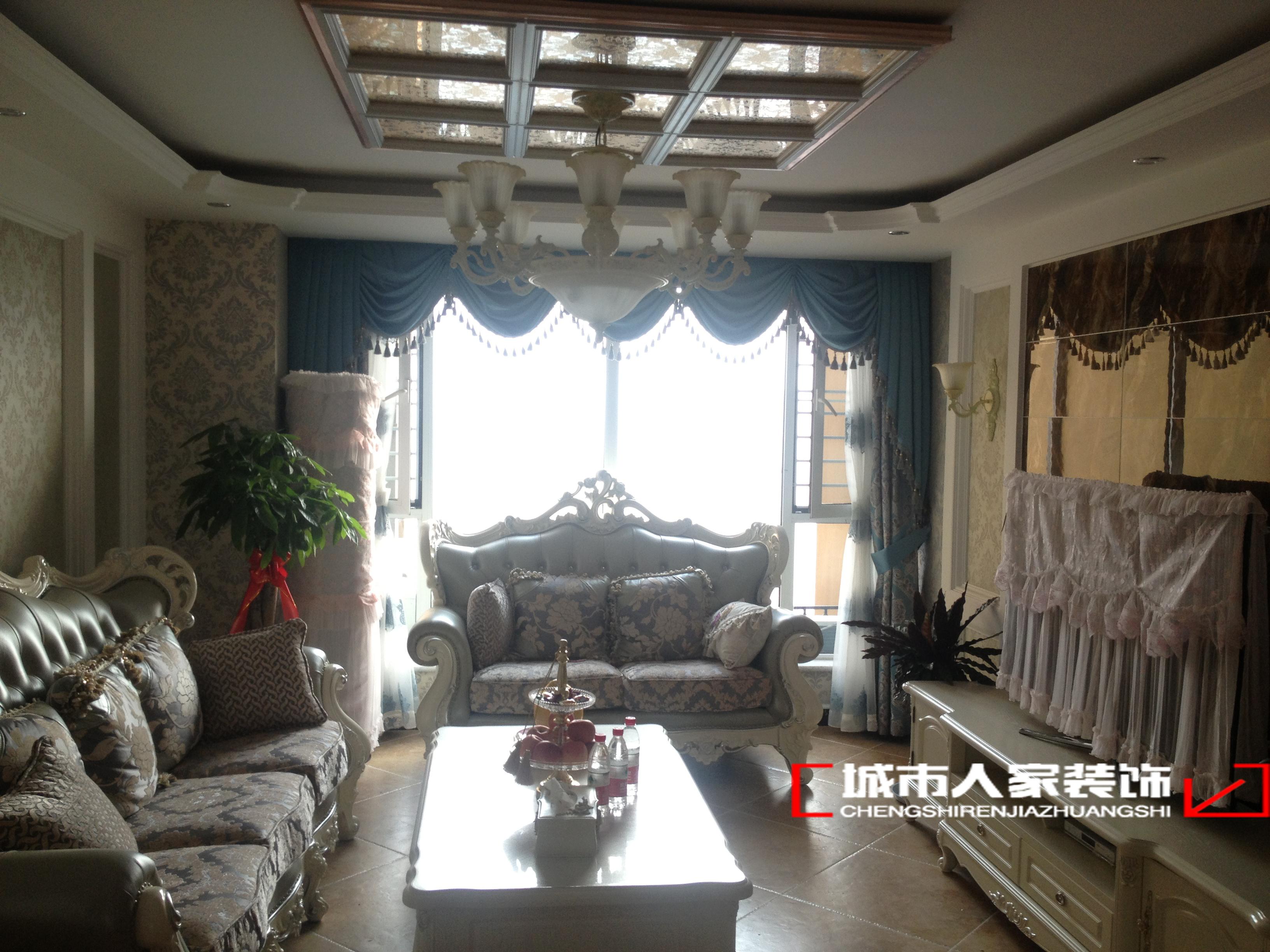 欧式 二居 客厅 卧室 沙发 客厅图片来自石家庄装修装饰设计公司在国赫红珊湾110平欧式的分享