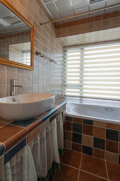 简约 三居 现代 趣味 阿拉奇设计 家庭装修 温馨 卫生间图片来自阿拉奇设计在现代趣味家庭装修的分享