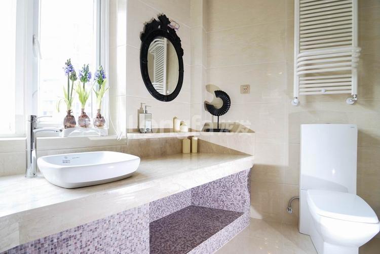 简约 欧式 三居 别墅 白领 收纳 80后 小资 卫生间图片来自西安龙发装饰在个性时尚之美,现代完美三居室的分享
