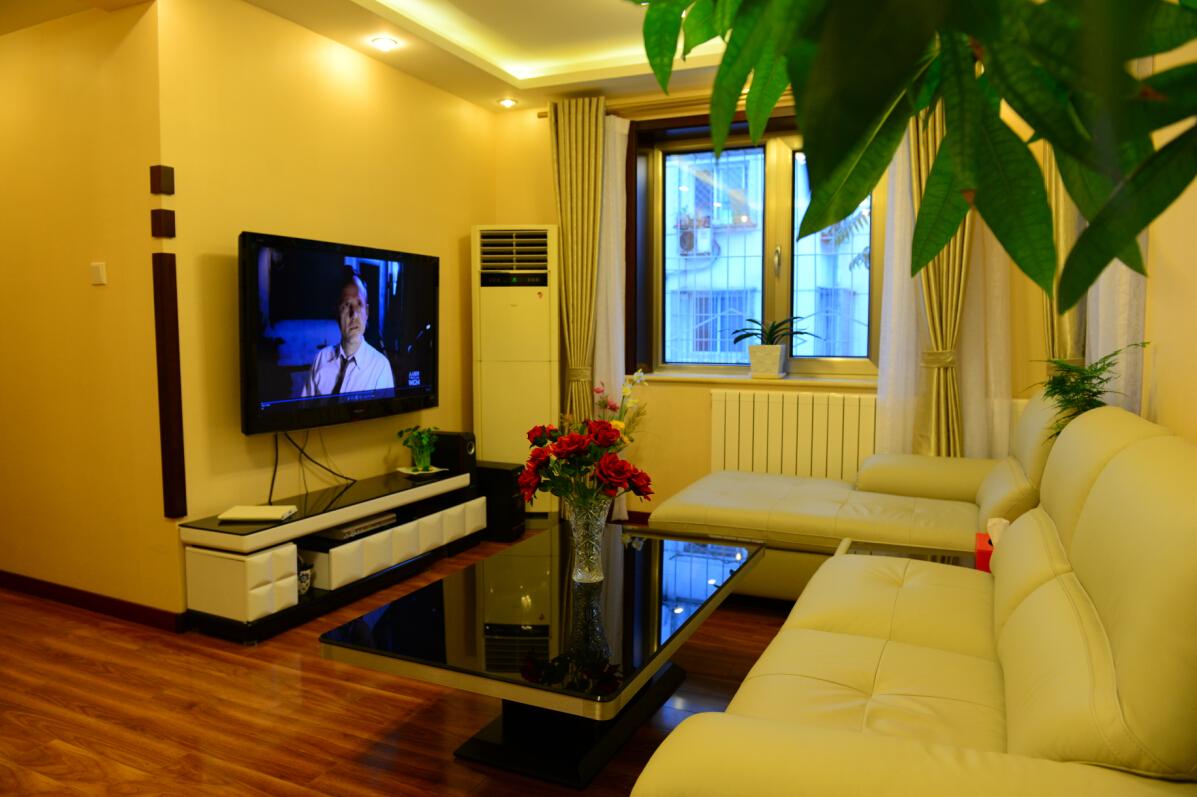 简约 二居 旧房改造 收纳 80后 今朝装饰 客厅图片来自北京老房装修-今朝装饰王丽在老房翻新前后对比的分享