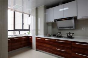 万境水岸 三居室 温馨 混搭风格 小清新 厨房图片来自湖南名匠装饰在五矿万境水岸混搭风格的分享