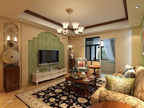 增添了色彩电视背景墙镂空的地方也贴上了壁纸,沙发一级靠背垫用了小碎花所以用了木制的茶几使整个客厅看上去更加的协调,沙发背景墙上挂了挂画。客厅窗帘窗帘采用的是淡蓝色,清新、唯美。