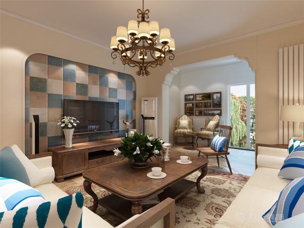 地面采用复古地砖,电视背景墙贴有彩色墙砖,深色的橡木或枫木家具,色彩鲜艳的布艺沙发,都是欧式客厅里的主角