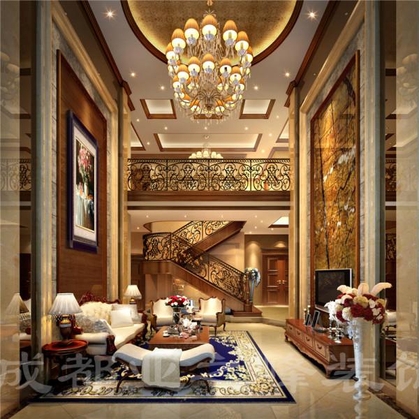高贵华丽的铁艺护手让整个客厅豪华绚丽